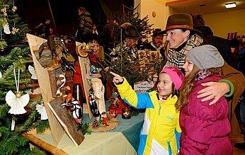 Weihnachtsmark Altmünster, Kinder, (c) Karl Heinz Ruber